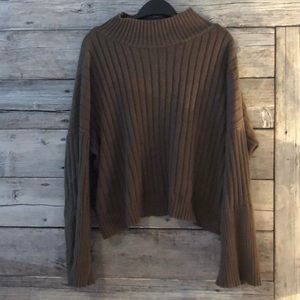 Paper Label Mock Neck Sweater size Medium
